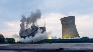 Didcot-A-power-plant-demolition-3-Image-npower-575