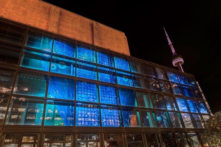 001_hall_solar-art-glass-facade_818